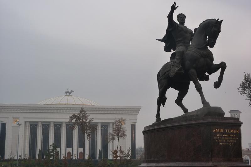 Usbekistan: Nationalheld Amir Temur in Taschkent