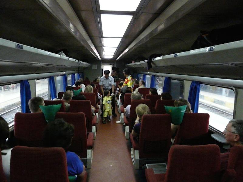 Im Zug auf Java. Foto: Cuno de Boer CC-BY-2.0