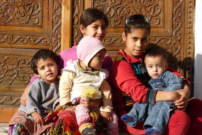 Kinder in Usbekistan.