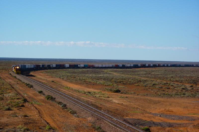 Australien Bahnpass: Auch im Outback mit dem Zug fahren