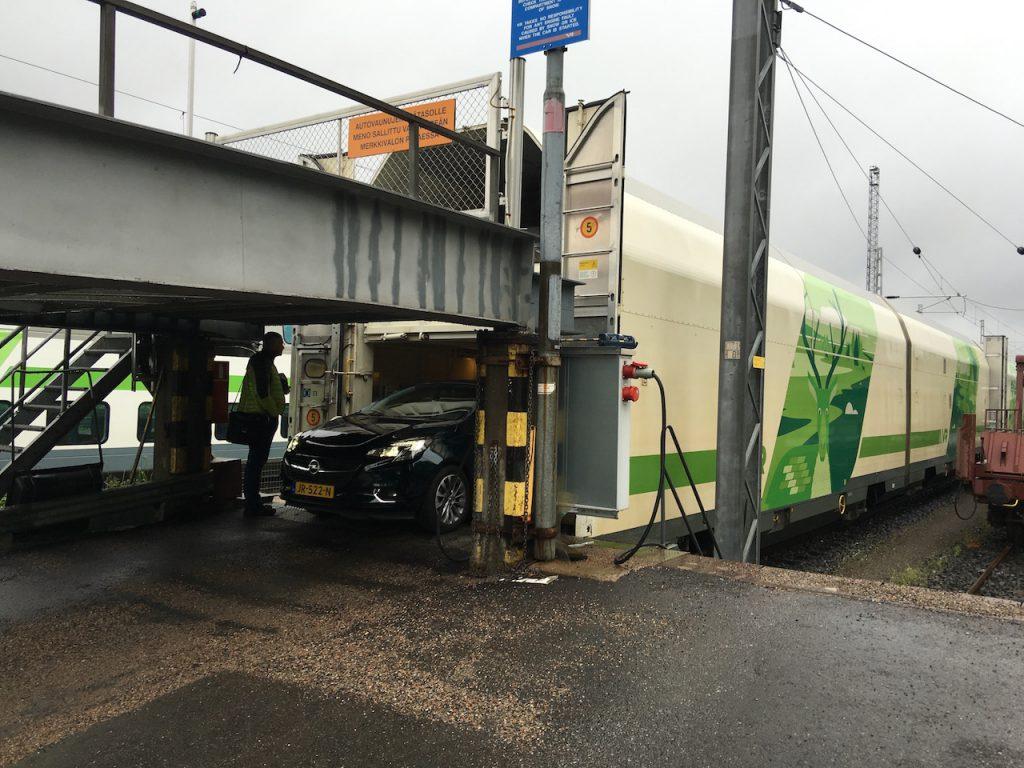 Autozug Finnland