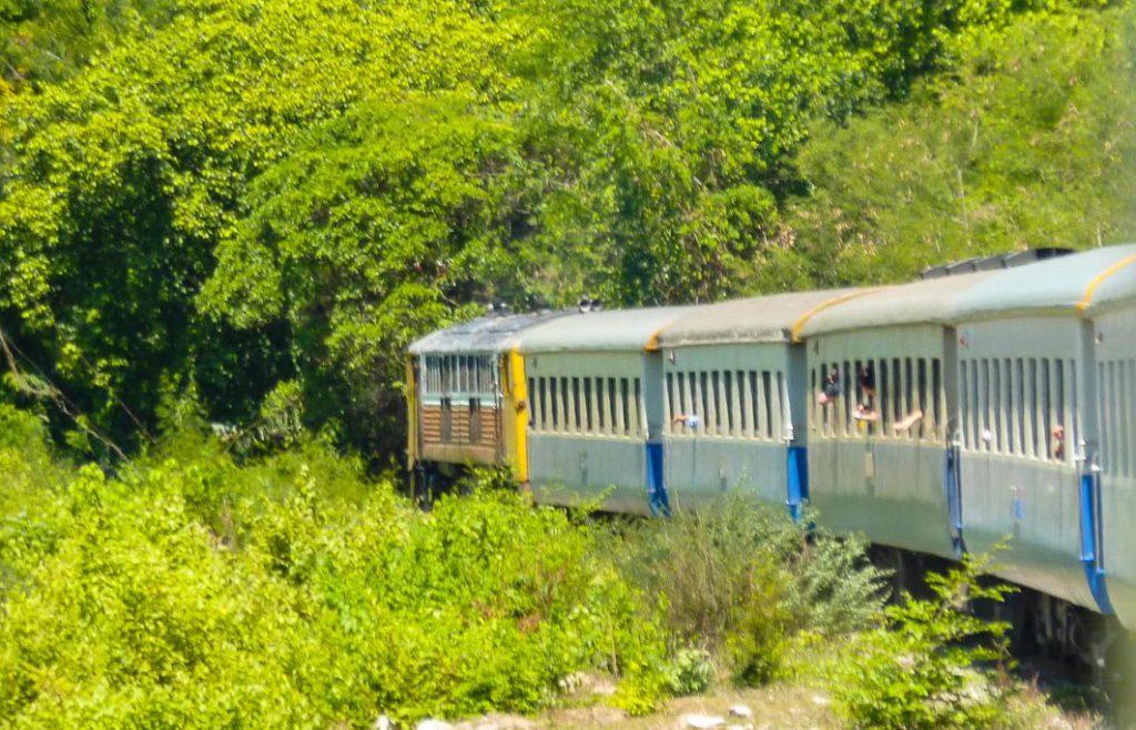 Zug Brücke am Kwai