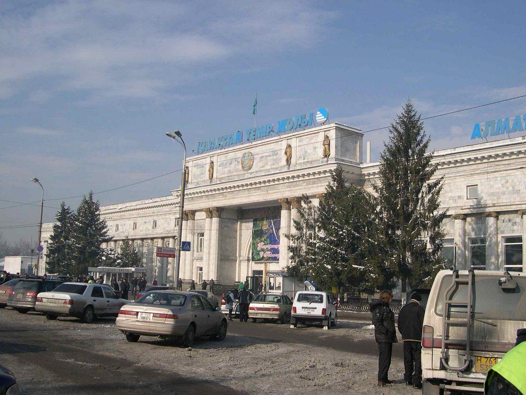Bahnhof Almaty 2