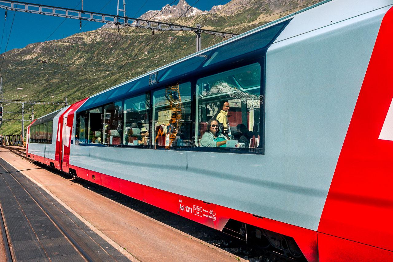 Glacier Express Sankt Moritz Zermatt