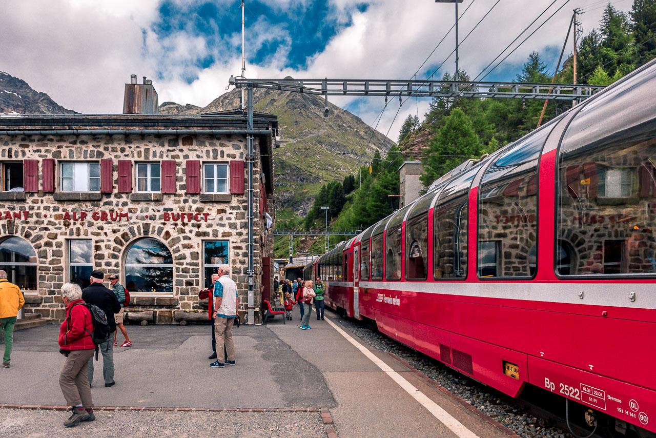 Im Bernina Express Nach Tirano Fahrplan Tickets Tipps Zugreiseblog