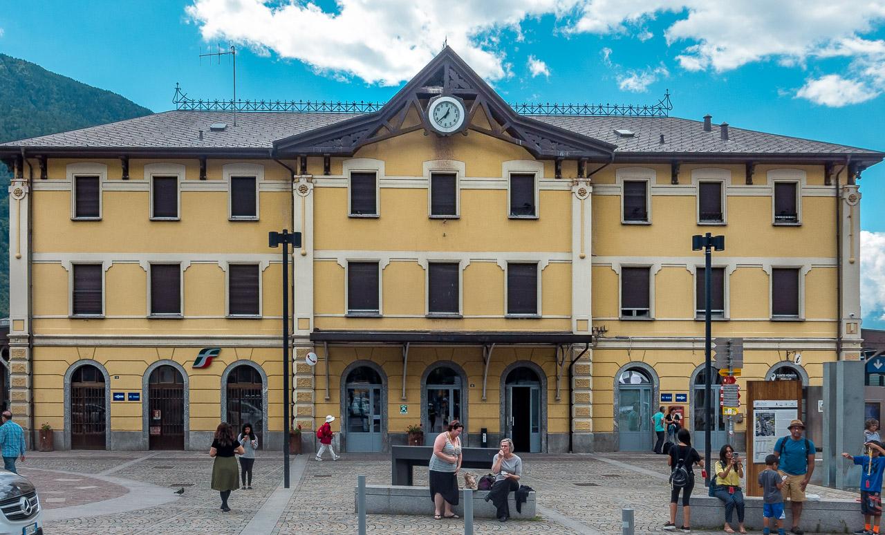 Tirano Bahnhof