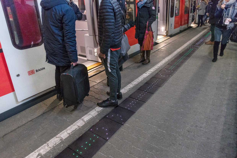 Bahn Intelligenter Bahnsteig