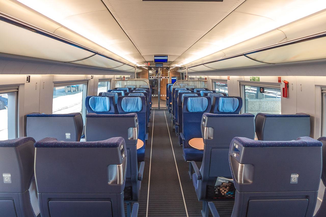 Bahn Übergang 1. Klasse
