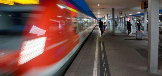 Deutsche Bahn Intelligente Bahnsteigkante