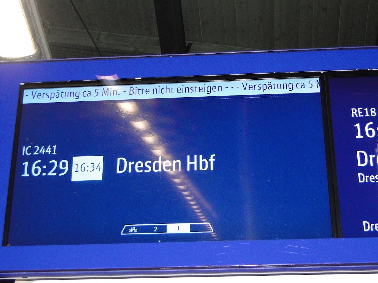 Bahn Anzeigetafeln Echtzeit