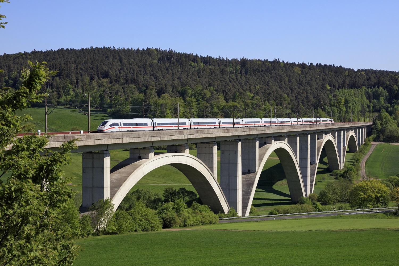 Bahn Totalsperrung Schnellfahrstrecken Entschädigung